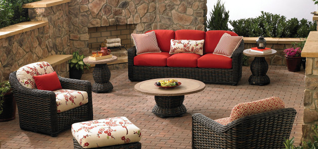 Tommy Bahama South Hampton outdoor furniture at Carefree Outdoor Living